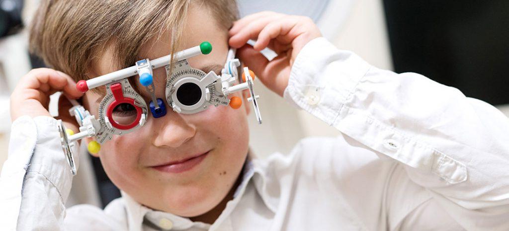 Brillenwerte-Messungen bei jedem Alter